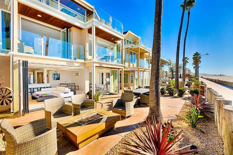 Ocean Front Walk – Unit A, Sleeps 6 - Image 1 - San Diego - rentals