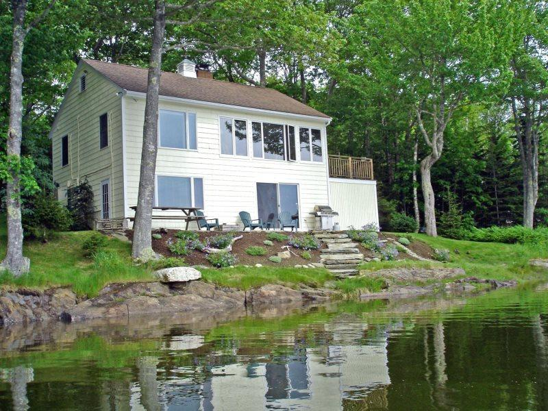 DASH INN | EAST BOOTHBAY | COVE-SIDE | COTTAGE GARDEN| ROMANTIC GETAWAY | KAYAKERS DREAM - Image 1 - Boothbay - rentals