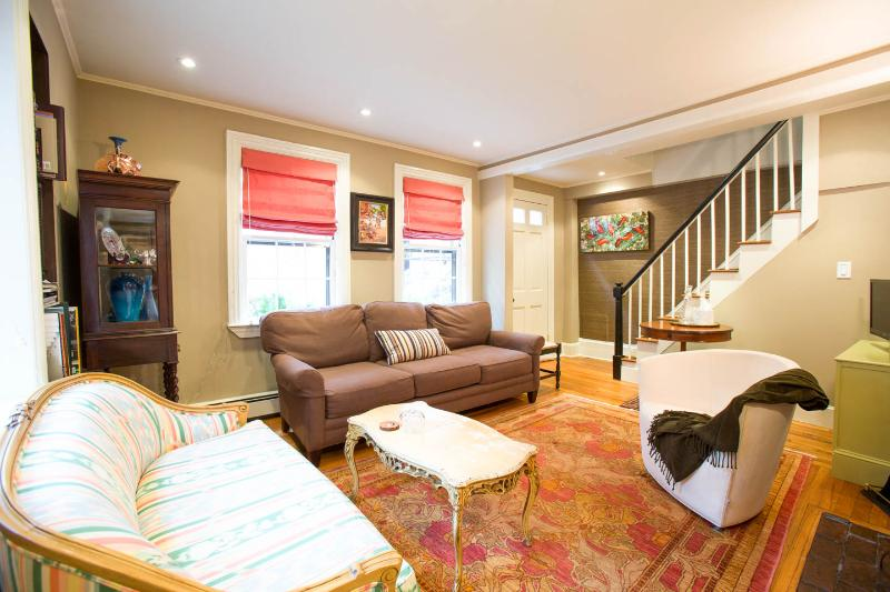 "Living Room (seating for 6) - Beacon Hill -- ""The Federal Rose"" antique house - Boston - rentals"