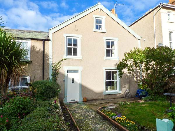 TREVOR COTTAGE, terraced, woodburner, enclosed front and rear gardens, in Llandudno, Ref 920844 - Image 1 - Llandudno - rentals