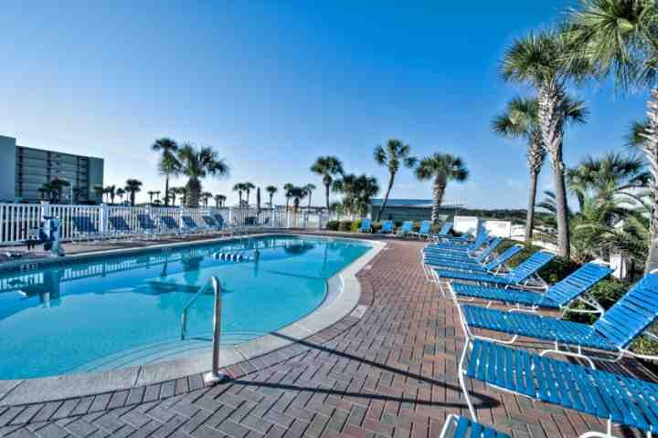 Pinnacle Port Pool - Stylish Beachfront Condo with Phenomenal Scenery and Pool - Panama City Beach - rentals