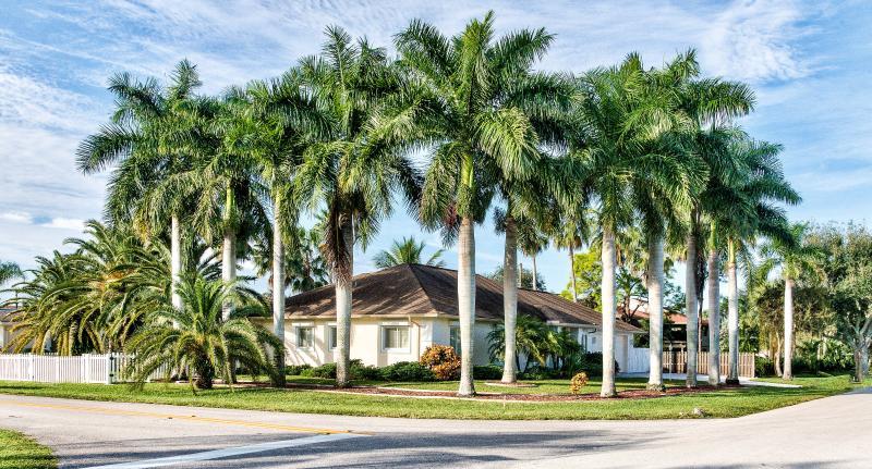 La Palma Vacation Rental at Bonita Shores Naples Florida Vacation Homes - La Palma at Bonita Shores *Near Barefoot Beach* - Bonita Springs - rentals