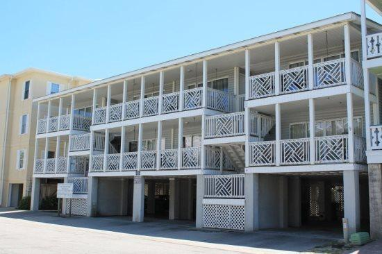 South Beach Ocean Condos, South - Unit 7 - Just Steps to the beach - Ocean View FREE Wi-Fi - Image 1 - Tybee Island - rentals