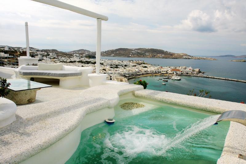 Blue Villas | Emerald | Walking Distance to Town - Image 1 - Mykonos Town - rentals
