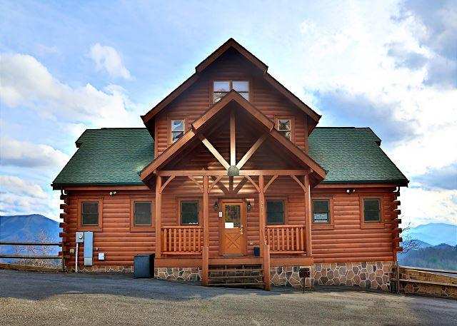 Cabin - Perfect Spot, Gorgeous, Spacious, Sleeps 12, Home Theater, Two Covered Decks - Sevierville - rentals