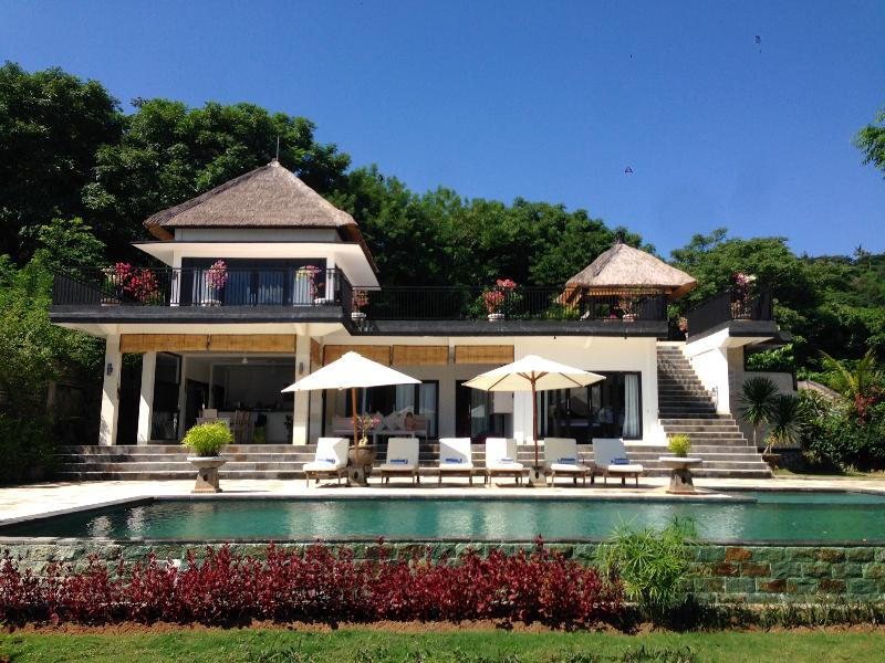 Villa Bekul: new and very luxurious villa with lar - Image 1 - Lovina - rentals