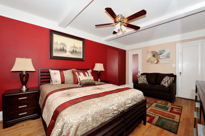 master bedroom - East Side 3 bed 2 bath (3) - New York City - rentals