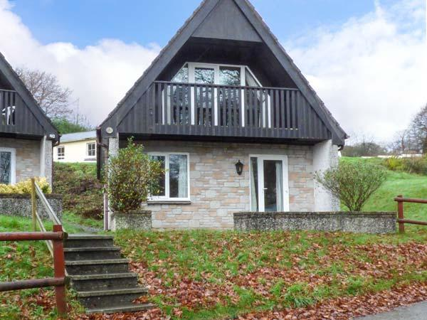 VALLEY LODGE No.1 on-site swimming pool, pet friendly, countryside views in Gunnislake Ref 929083 - Image 1 - Gunnislake - rentals