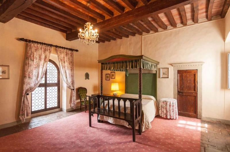 Tuscan Apartment in Historic Castle - Il Castello 24 - Image 1 - Montespertoli - rentals