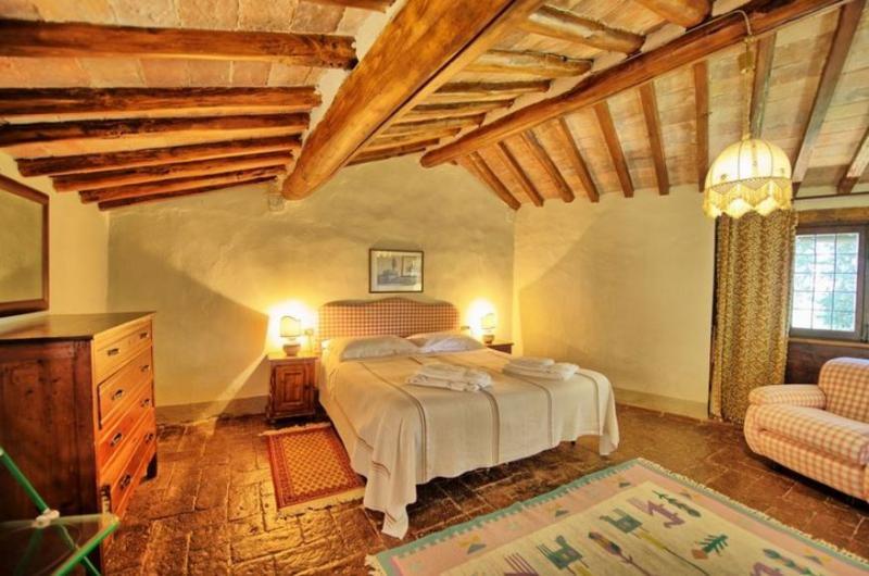 Tuscan Apartment in Historic Castle - Il Castello 11 - Image 1 - Montespertoli - rentals