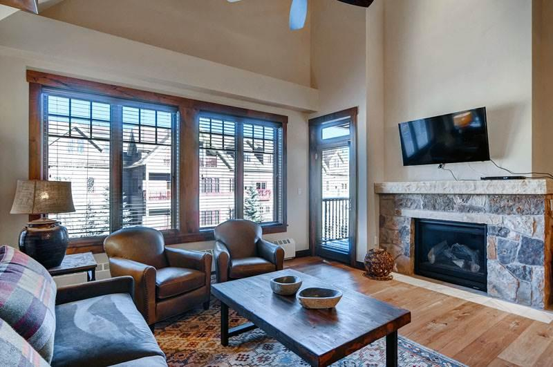 Perfectly Priced Breckenridge 3 Bedroom Walk to lift - WF305 - Image 1 - Breckenridge - rentals