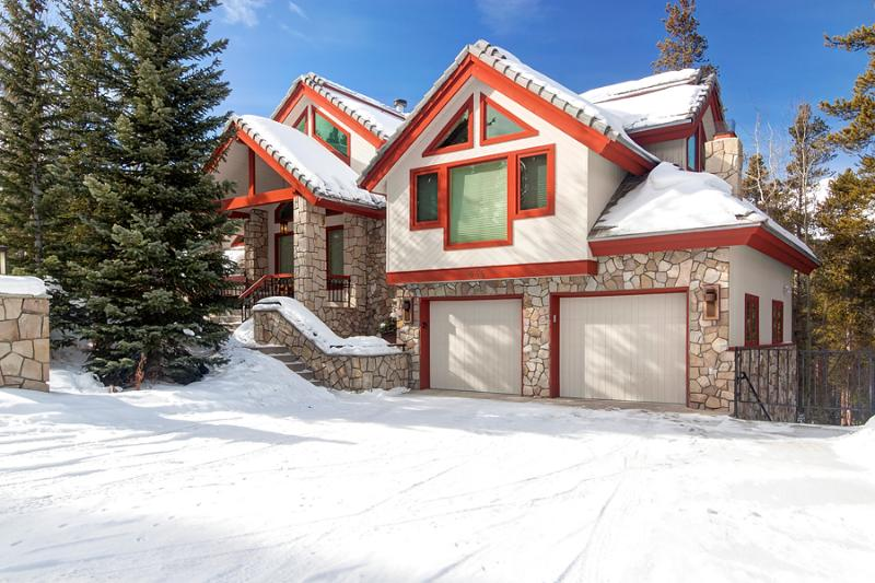 Perfectly Priced  4 Bedroom  - 1243-101308 - Image 1 - Breckenridge - rentals