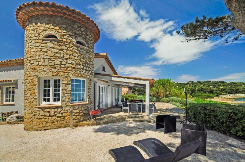 Maison de la tour - Image 1 - Ramatuelle - rentals
