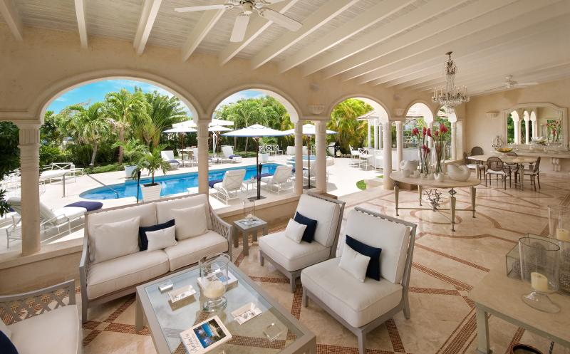 Monkey Puzzle - Ideal for Couples and Families, Beautiful Pool and Beach - Image 1 - Trents - rentals
