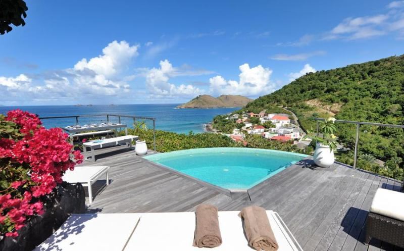 Roc Flamands 11 - Ideal for Couples and Families, Beautiful Pool and Beach - Image 1 - Flamands - rentals
