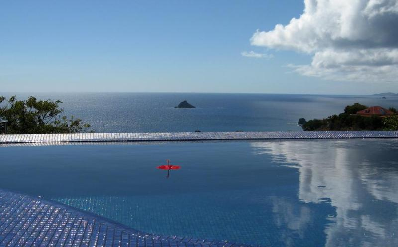 Vague Bleue - Ideal for Couples and Families, Beautiful Pool and Beach - Image 1 - Lurin - rentals