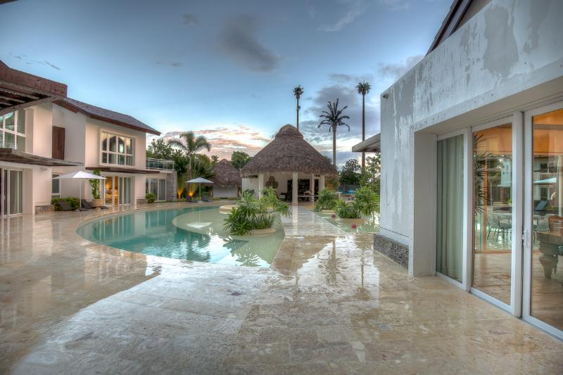 Ideal for Large Groups, Chef & Butler, Exclusive Beach Club, Games Room, Gym - Image 1 - Punta Cana - rentals