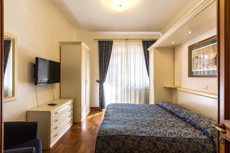 Charming Bedrooms - VATICAN - ELEGANT TERRACE PENTHOUSE -NO COMMISSION - Rome - rentals