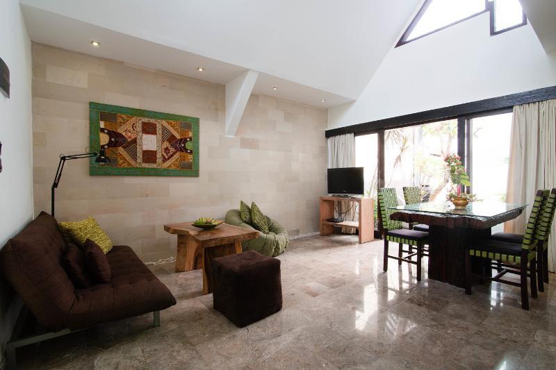Living Room - Villa Naree 1 with pool, Batubelig, Seminyak - Kuta - rentals