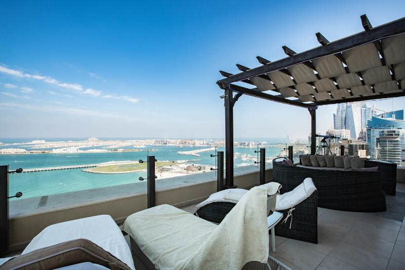 Terrace on floor 41 above JBR beach walk - Amazing penthouse heart of Jumeirah  Beach Walk - Dubai - rentals
