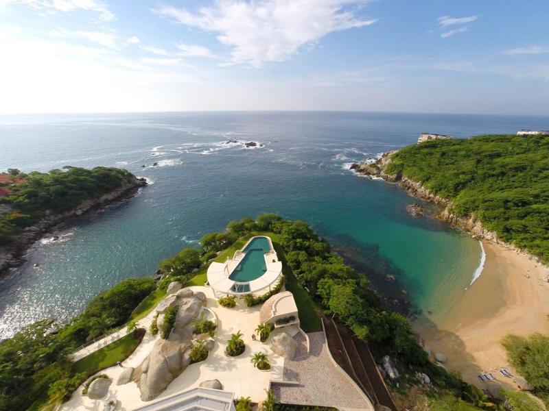 Luxury 2 bedroom oceanview condo in Arrocito beach, Huatulco - Luxury 2 bedroom condo with access to beach - Huatulco - rentals