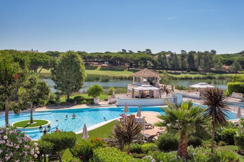 Sao Lourenco Village Premium 2 Bed Apartment - Image 1 - Algarve - rentals