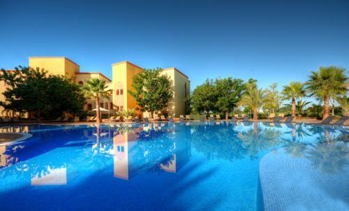 Tivoli Victoria Residences 2 Bedroom Apt, Deluxe,Golf or Pool View - Image 1 - Vilamoura - rentals