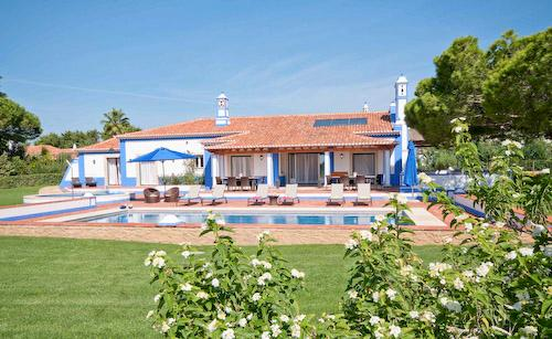 Villa Mirante 1, Four Bedroom Rate for up to 8 persons - Image 1 - Olhos de Agua - rentals