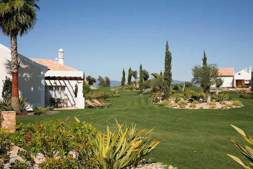 Vale d'Oliveiras 1 Bed Suite Garden View , Self Catering - Image 1 - Ferragudo - rentals