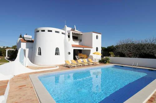 Villa Rodrigues, 7-8 persons rate - Image 1 - Carvoeiro - rentals