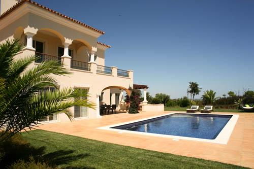 Monte Rei Four Bedroom Villa with Private Pool, With Pool Heating - Image 1 - Vila Nova de Cacela - rentals
