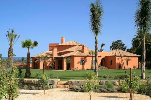 Amendoeira Four Bedroom Superior Villa - Image 1 - Alcantarilha - rentals