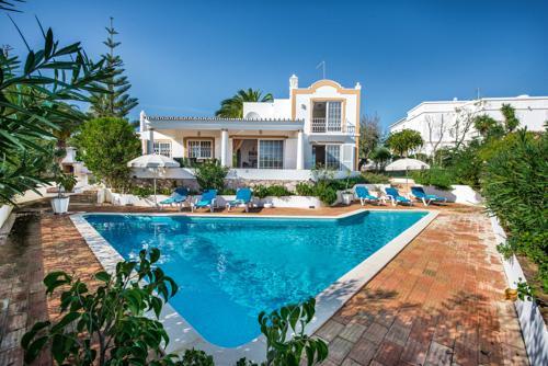 Villa Buganvilia, 5-6 persons rate - Image 1 - Guia - rentals
