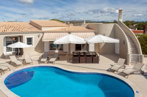 Villa Swakeleys - Image 1 - Algarve - rentals