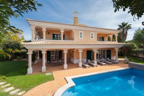Villa Loniceria, 3 Bedroom Rental - Image 1 - Algarve - rentals