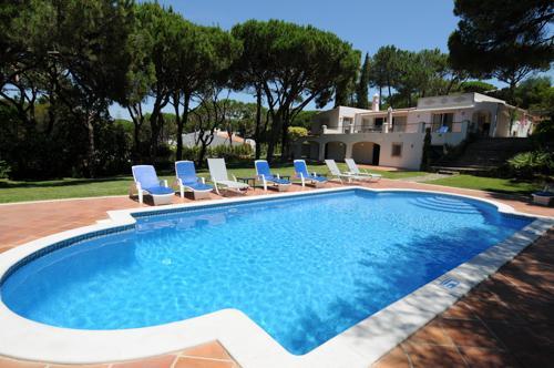 Villa Rosemaria, 4 Bedrooms - Image 1 - Algarve - rentals