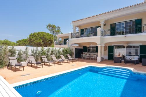 Villa Palma Encosta do Lobo , (3 bedroom rental) - Image 1 - Algarve - rentals