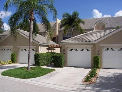 Front View - Wedge Wood Trace in The Strand - Naples - rentals