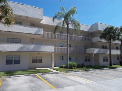 Front View - Forest Lakes - Naples - rentals
