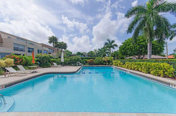 Pool - Harborside Terrace-Park Shore - Naples - rentals