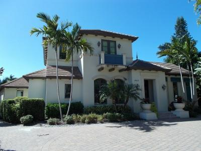 Front View - House in Park Shore - Naples - rentals