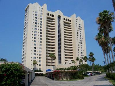 Front View - St. Nicole in Pelican Bay - Naples - rentals