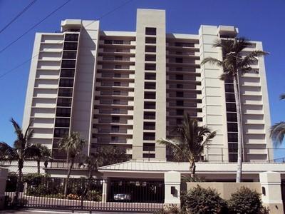 Front View - Vanderbilt Gulfside II - Naples - rentals
