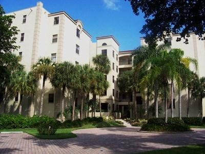 Front View - Calais in Pelican Bay - Naples - rentals