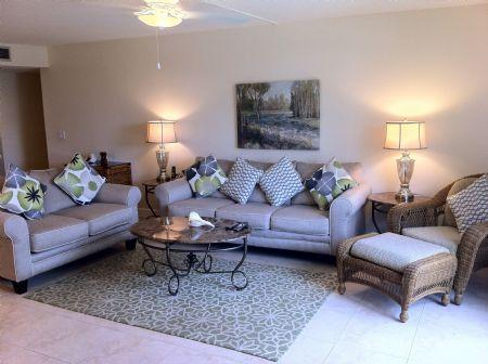 Full View of Living Area - Firethorn 610 - Siesta Key - rentals