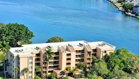 Building 9 Directly on the Bay - Chinaberry 941 - Siesta Key - rentals
