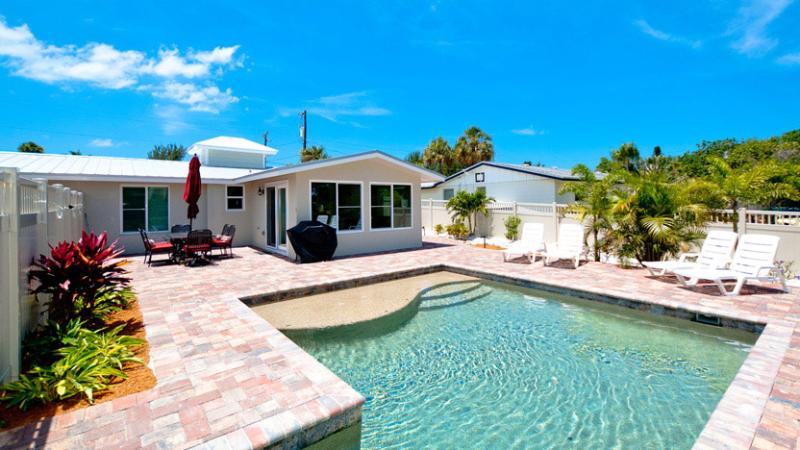 Beautiful New Pool! - Beach Walk: 2BR Family-Friendly Pool Home on Canal - Anna Maria - rentals