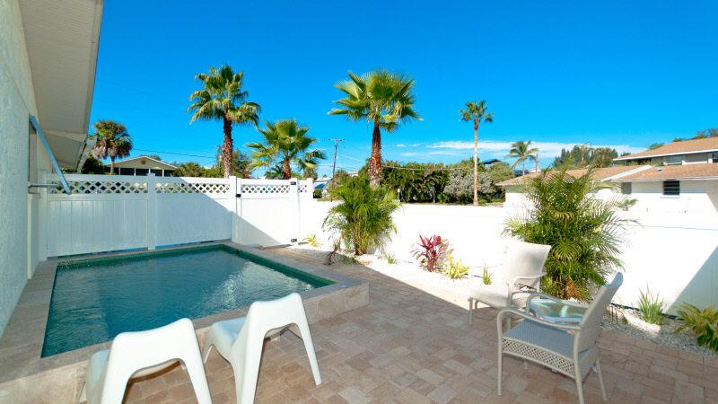 Private Pool - Anna Cabana B - Anna Maria - rentals