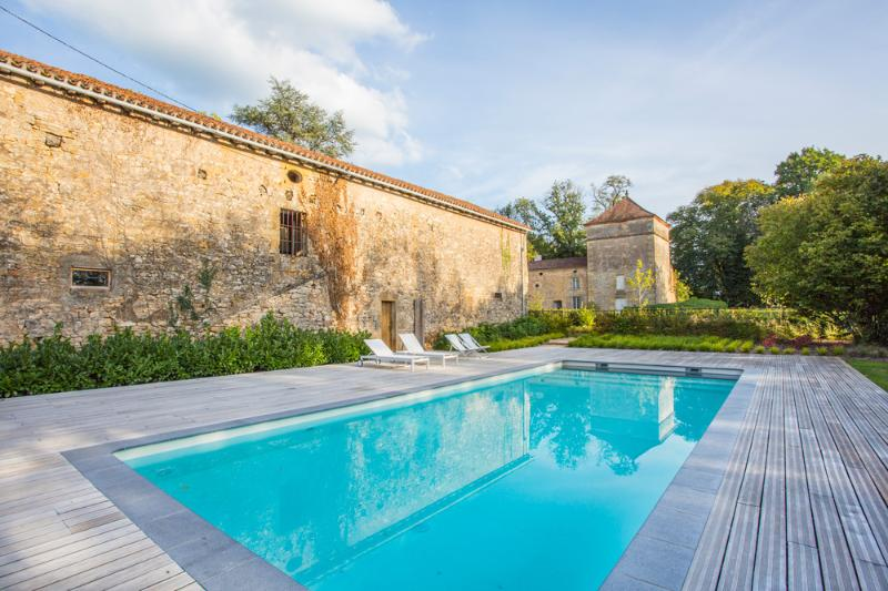 Chateau Granges Dans - Image 1 - Les Brévières - rentals