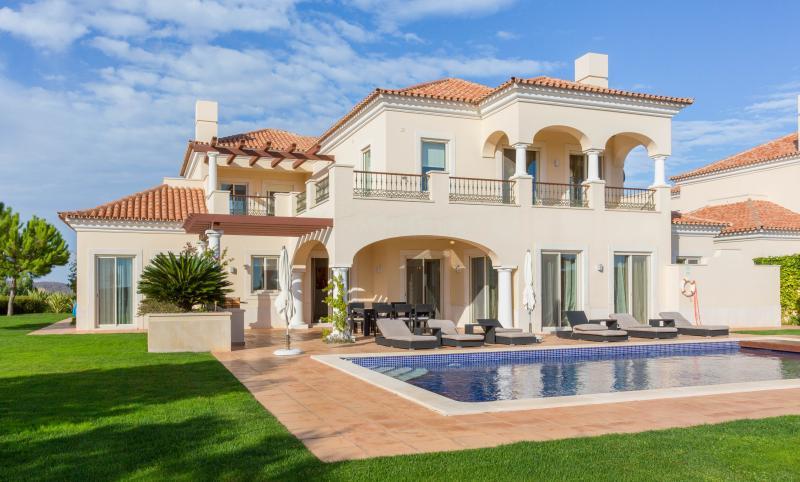 Villa Genoveva - Image 1 - Vila Nova de Cacela - rentals